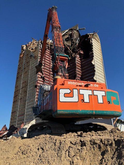 abbruch2 Rückbau eines Silogebäudes (Stahlkonstrukion) in Hameln